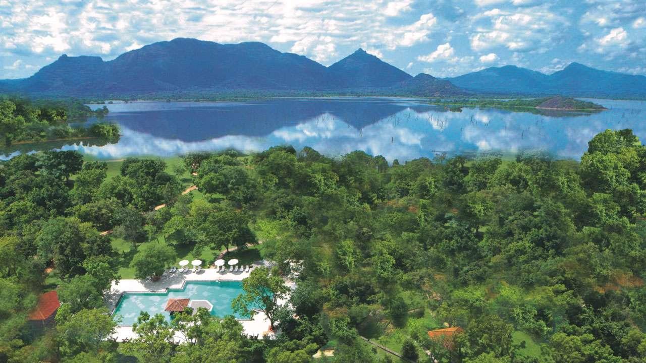 Amaya Lake Ceylon Summer