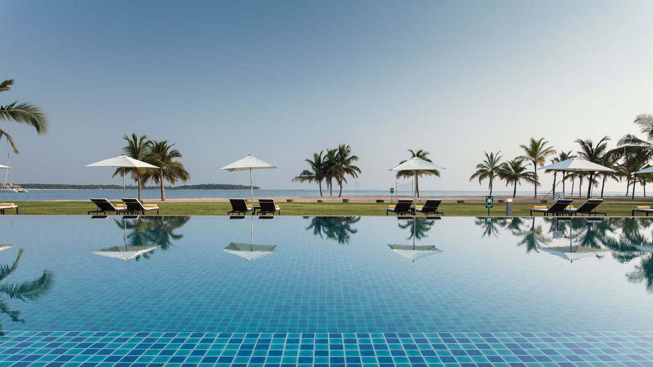 Amaya Beach Hotel, Pasikuda, Eastern Coast, Sri Lanka, Beach and pool view